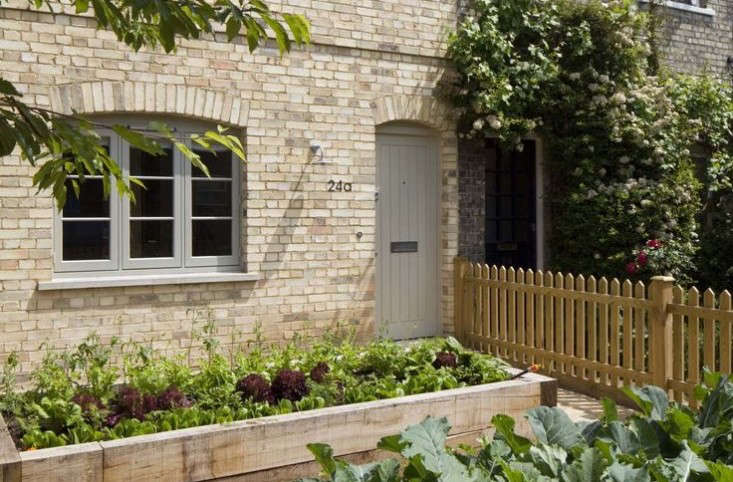 hero-24a-dorset-lane-vegetable-garden-gardenista