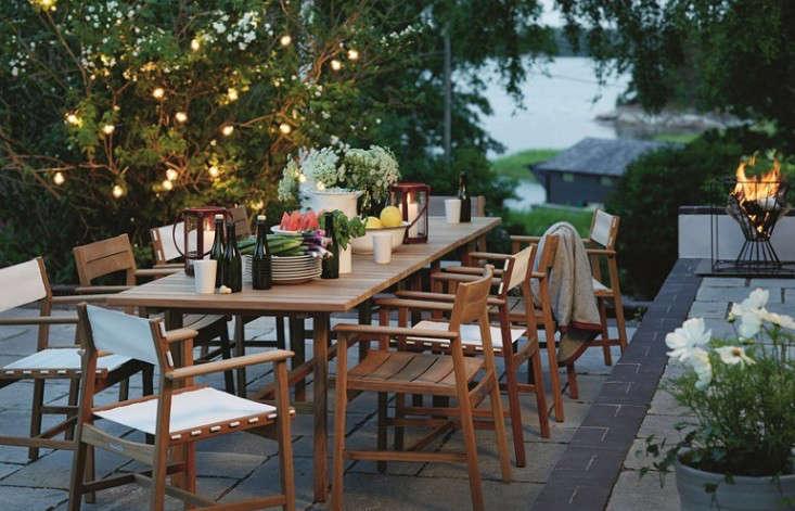 The Gardenista 100: Teak Dining Tables: Gardenista