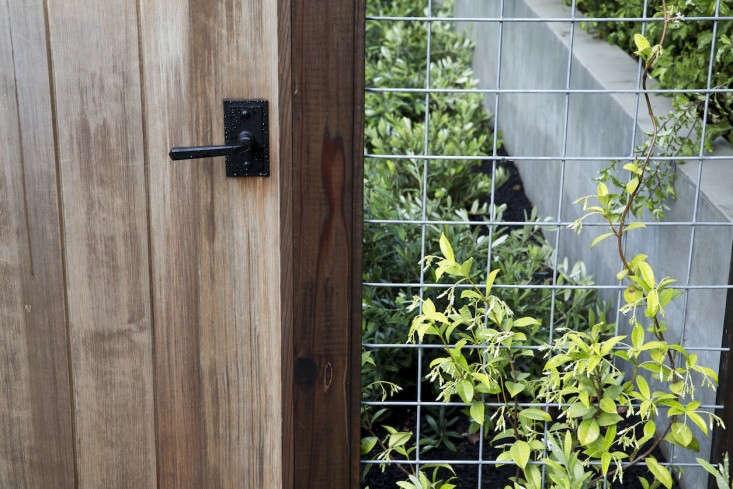 Hardscaping 101 Hog Wire Fences Gardenista