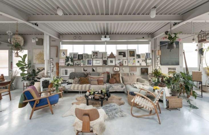 house-plants-decor-islington-loft-gardenista-1