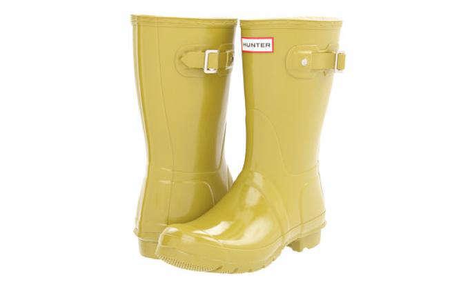 Hunter Gloss Short Boots Gardenista