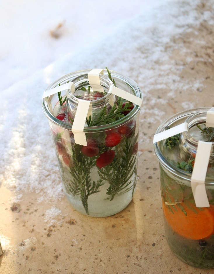 ice-lanterns-16-erin-boyle-gardenista
