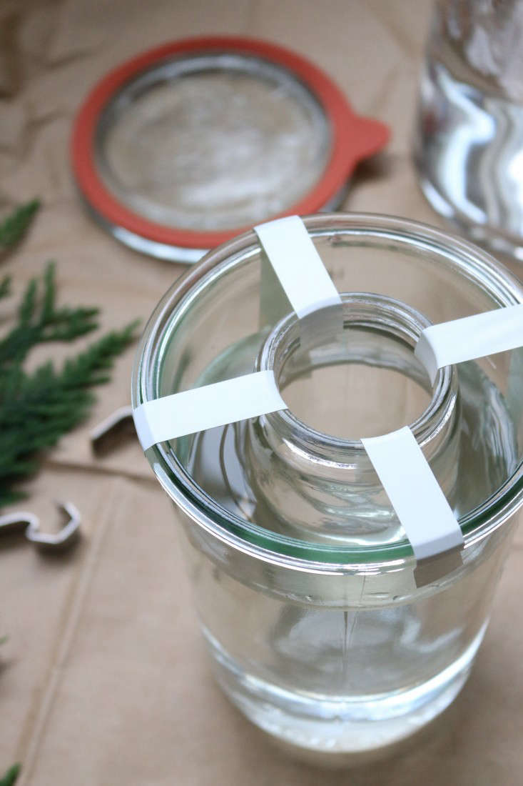 ice-lanterns-2-erin-boyle-gardenista