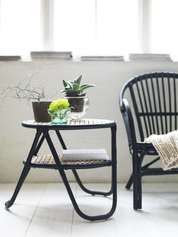 Currently coveting ikea 39 s new wicker collection for for Ikea outdoor side table