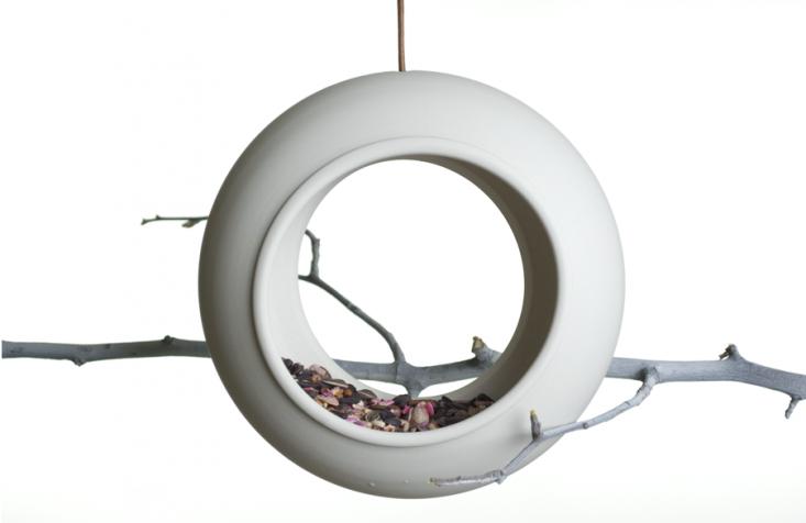 ingleside-bird-feeder-gardenista