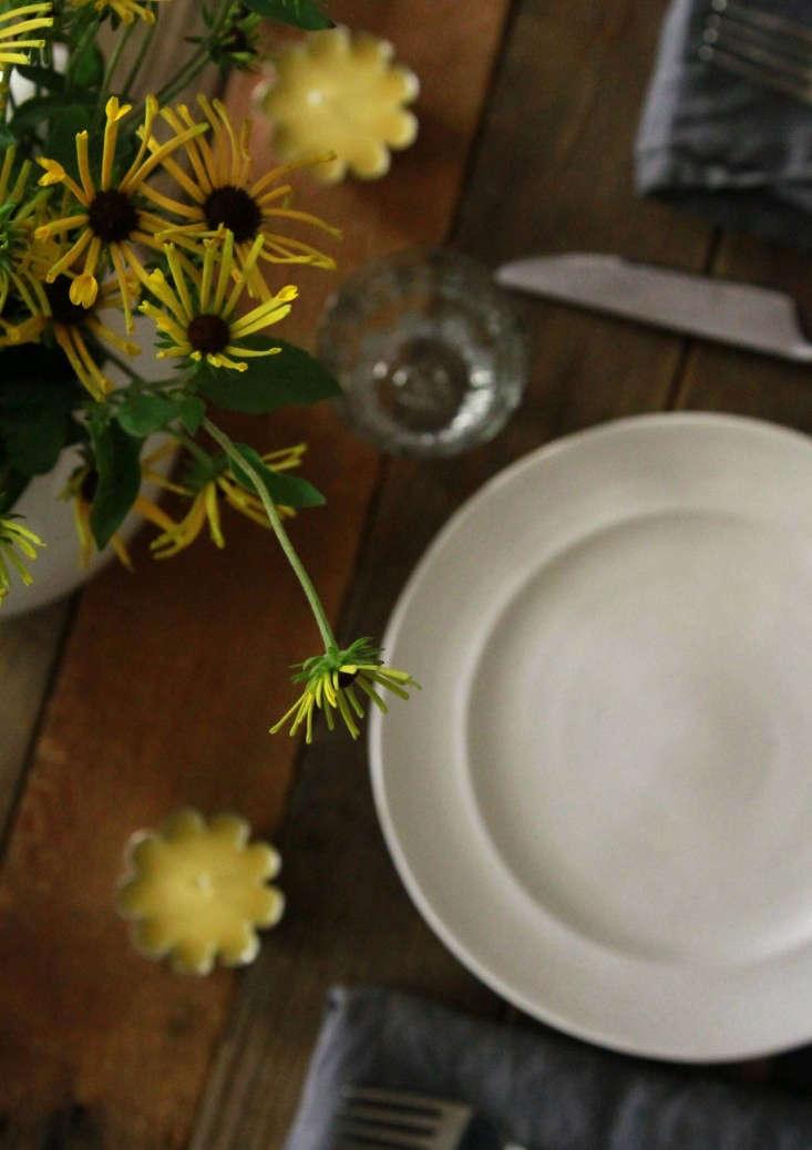 insect-repellent-tea-lights-tabletop-erin-boyle-gardenista