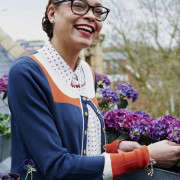 isabelle-palmer-balcony-gardener-jonathan-gooch-15-gardenista