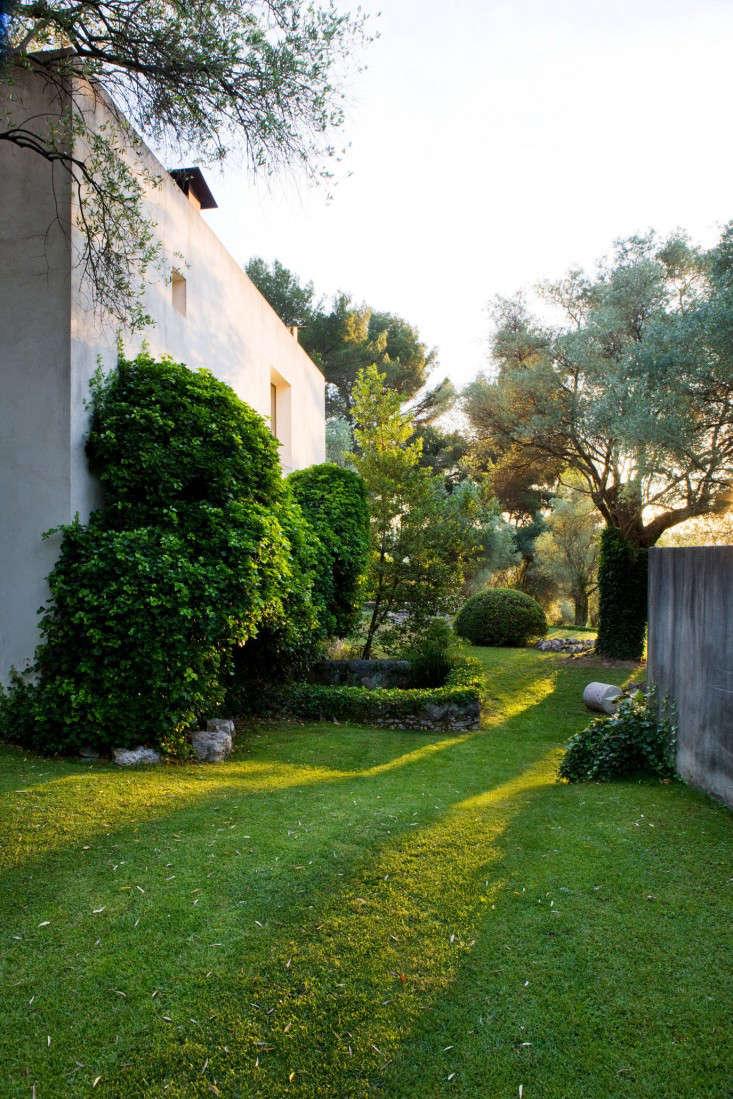 j-morabito-design-house-2-photo-clive-nichols