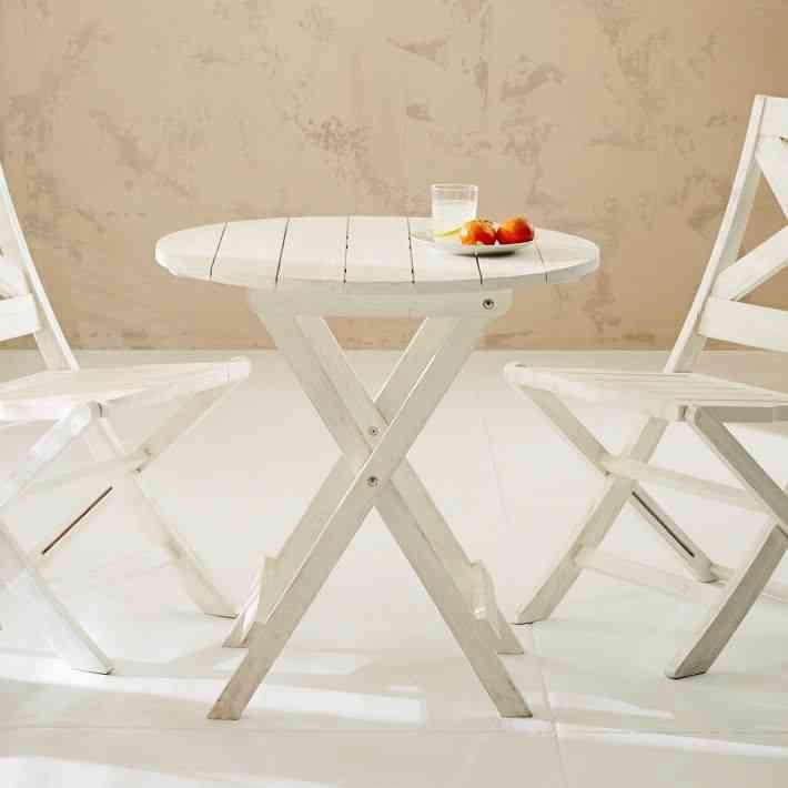 jardine-folding-bistro-table-gardenista