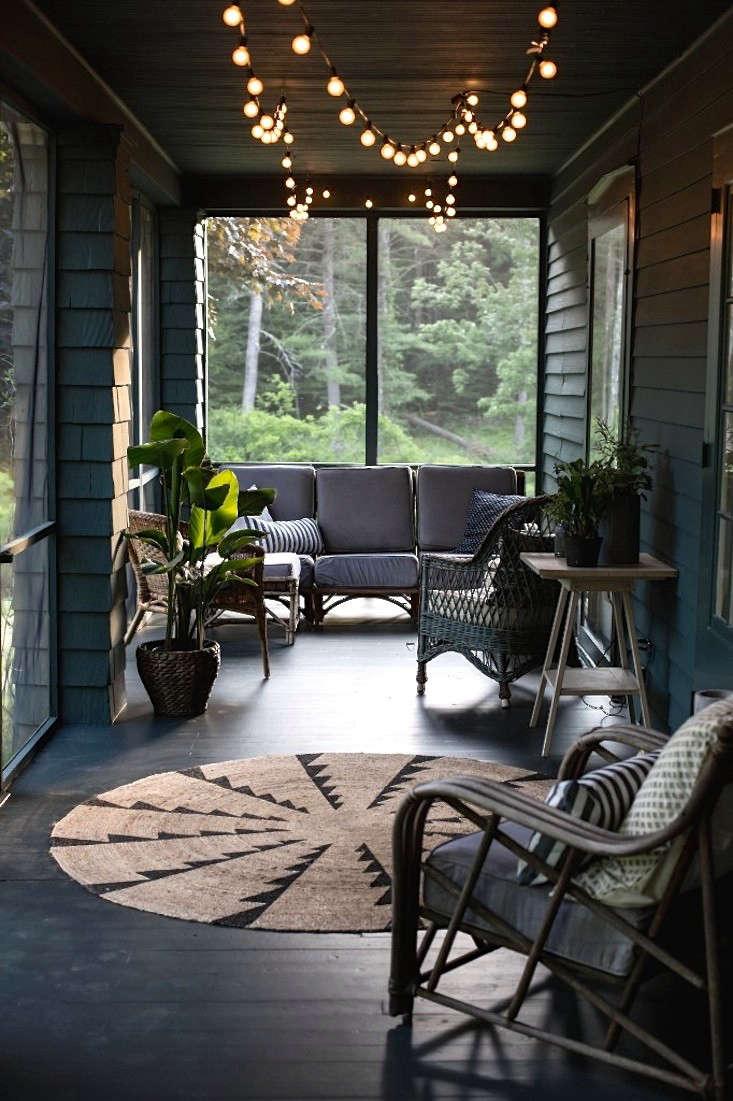 jersey-ice-cream-screened-porch-gardenista