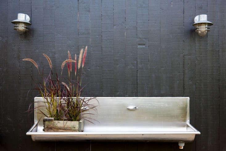 jimmy-schonning-sink-via-desire-to-inspire-gardenista