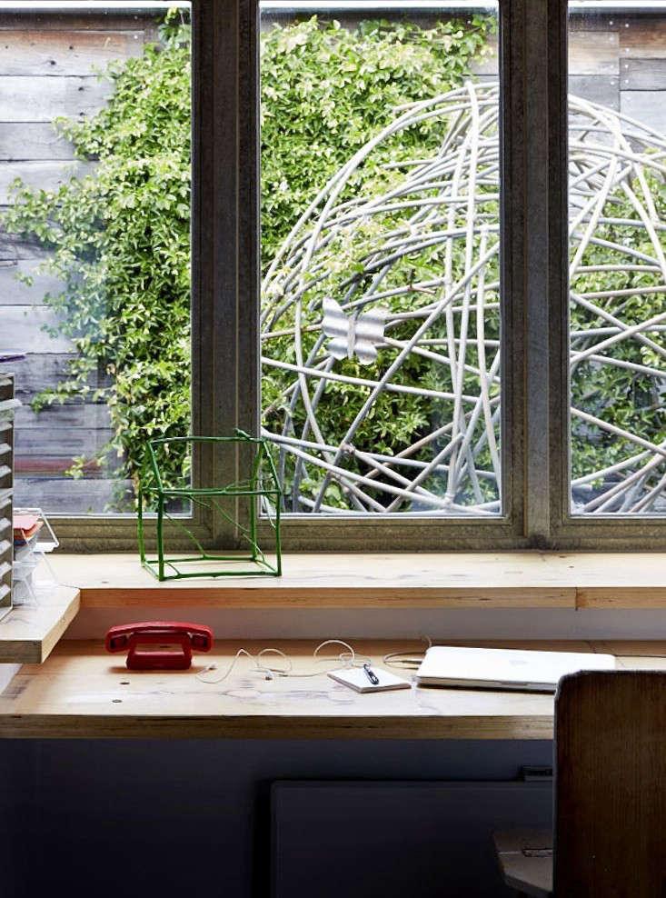 joost-bakker-australia-house-sculpture-gardenista