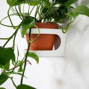 kekkila-plant-stand-3