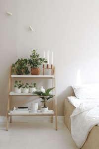Kekkila-stepladder-plant-stand-gardenista