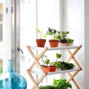 kekkila-tiered-plant-stand