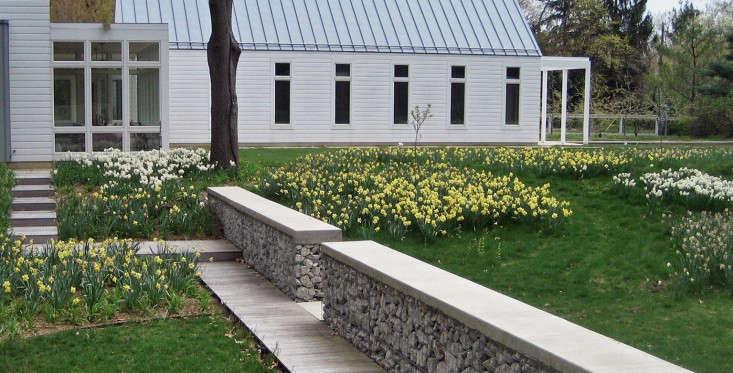 kettelkamp-landscape-michigan-summer-house-6-gardenista