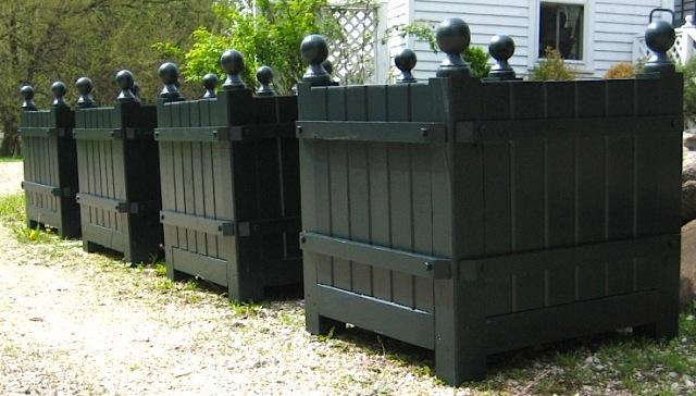 kimball-bean-versailles-style-planter-box