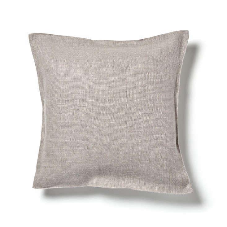 libeco-napoli-vintage-linen-pillow-fog-a_1