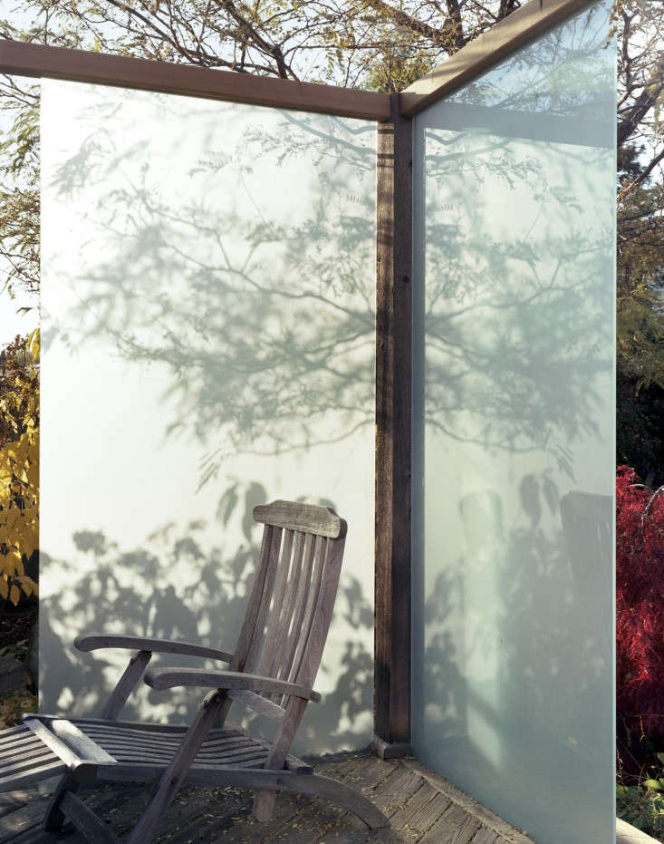 lighting-the-way-4-joel-loblaw-gardenista-1375