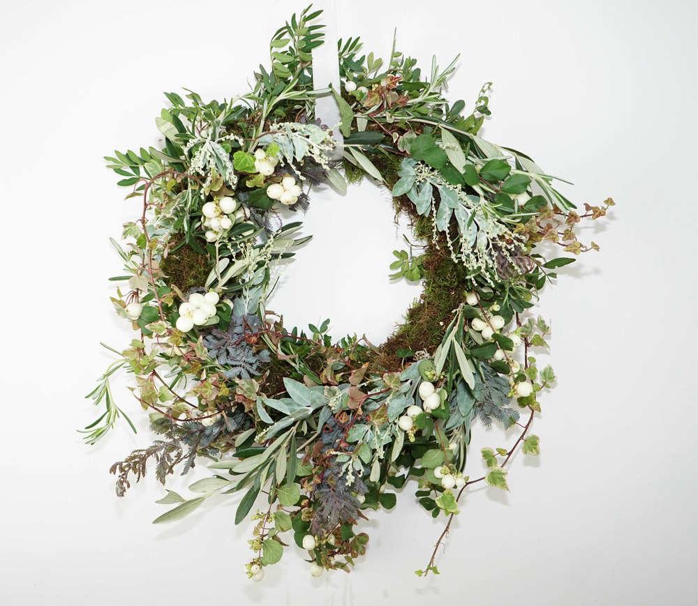 london-holiday-wreath-making-workshop-gardenista-2015