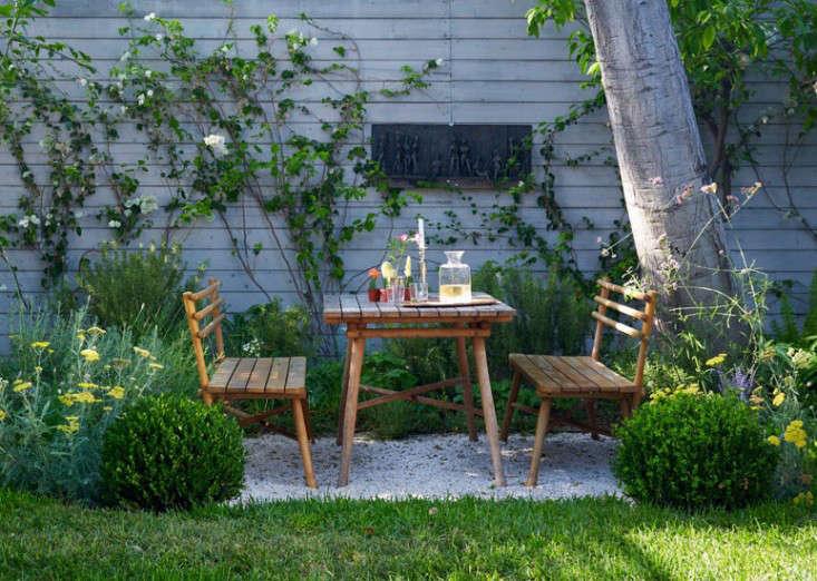 los-feliz-outbuilding-cottage-alexandra-angle-gardenista-6