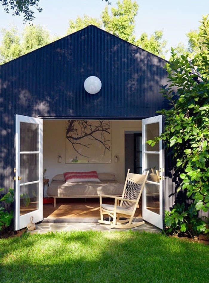 los-feliz-outbuilding-cottage-alexandra-angle-gardenista