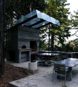Olle Lundberg cabin Sonoma pizza oven ; Gardenista