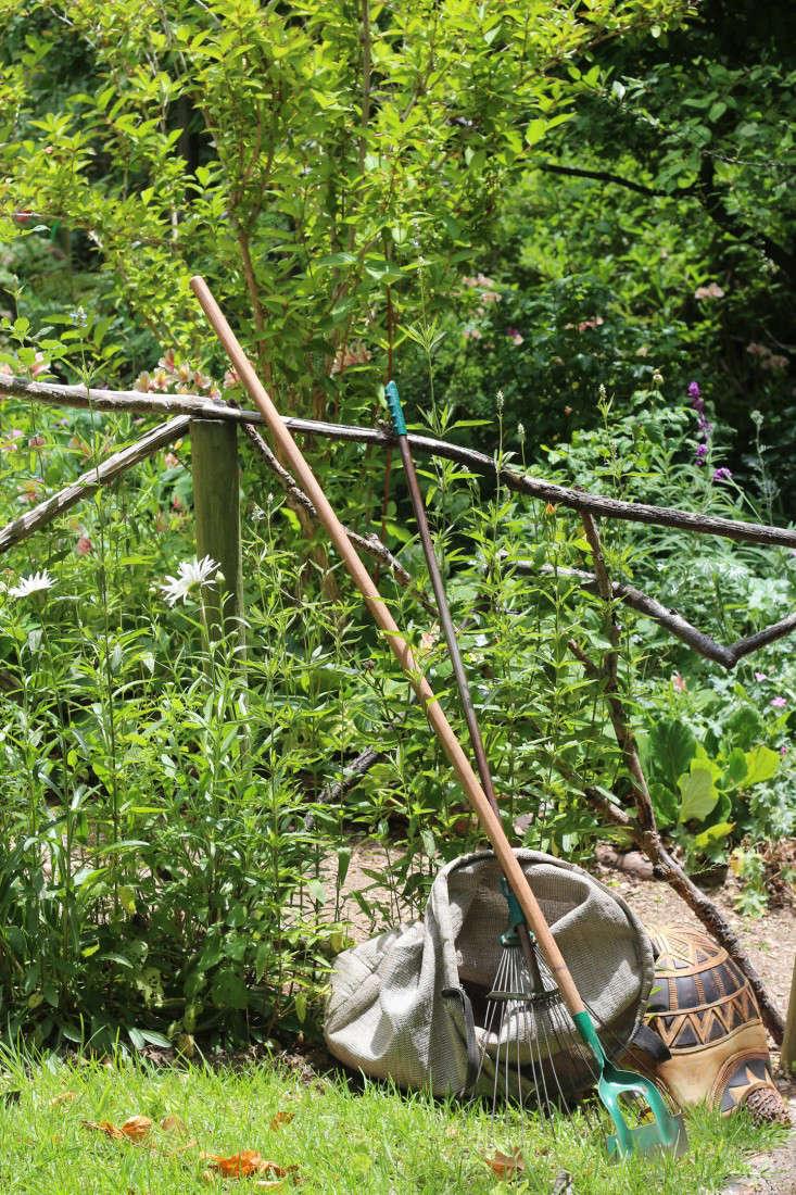 maintenance2-Cellars-Hohenort-Marie-Viljoen-Gardenista