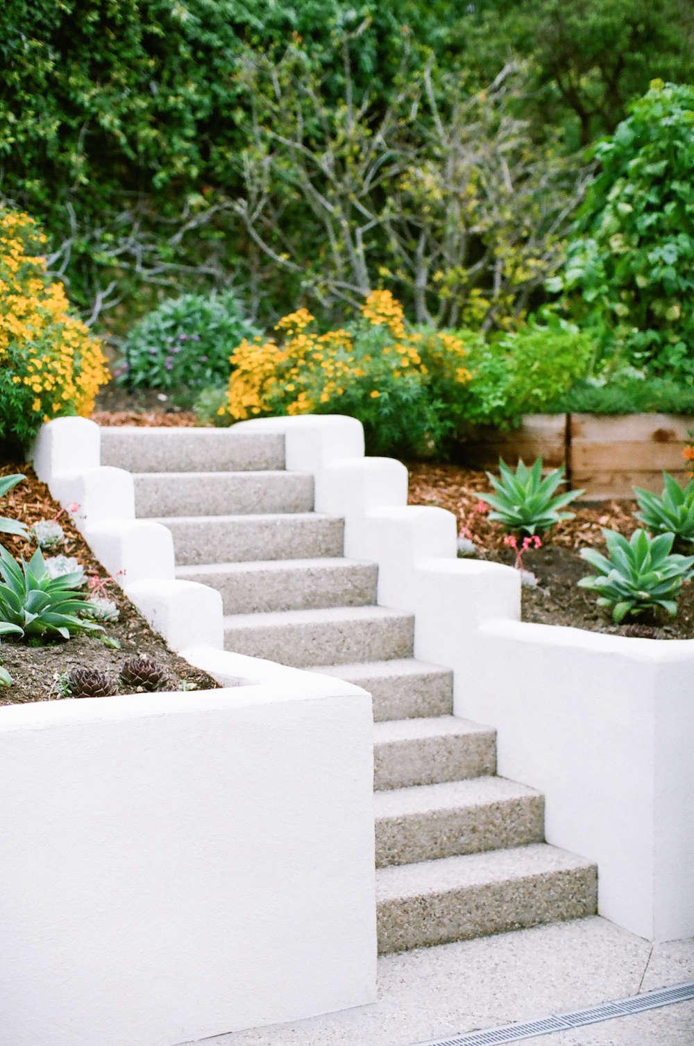 10 Genius Garden Hacks With Poured Concrete Gardenista