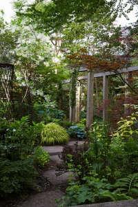 Marjorie Harris Toronto garden ; Gardenista