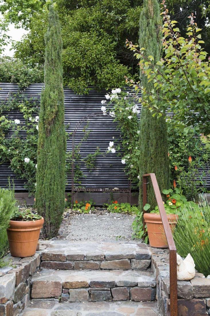Hardscaping 101 Design Guide For Fences Height Styles