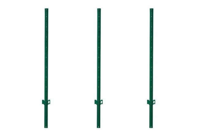 metal-fence-posts-for-chain-link-fence-gardenista