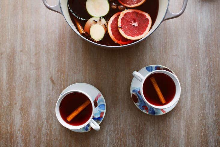 mulled-apple-cider-2-olivia-rae-james-gardenista