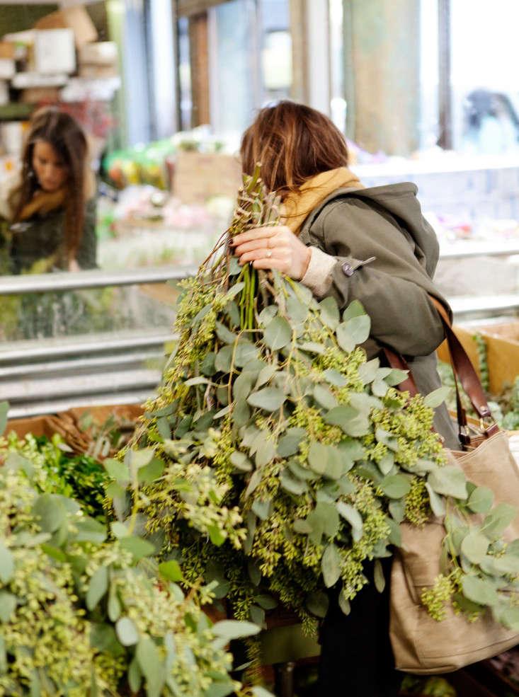 nyc-flower-market-21-rebecca-baust-gardensita