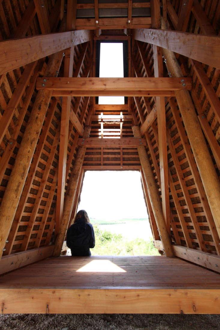 outbuilding-furry-hut-5