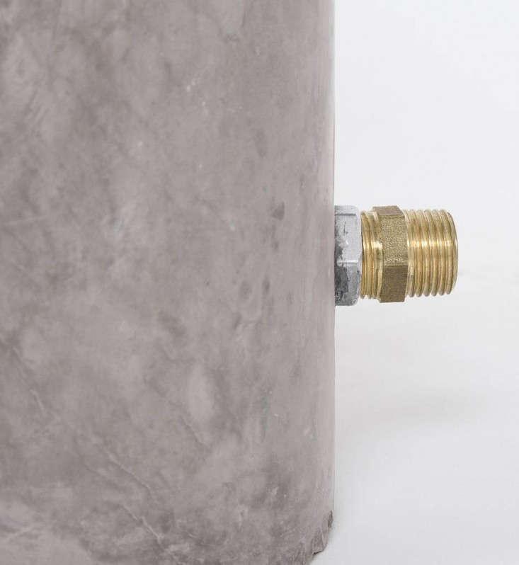 outdoor-shower-plumbing-connection-gardenista
