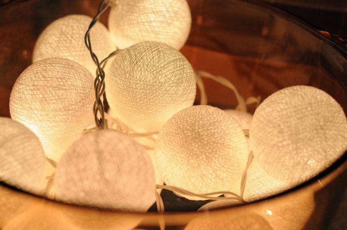 outdoor_etsy-string-lights-2