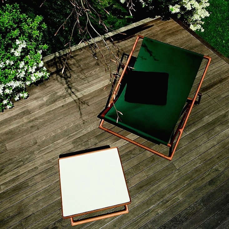 paola-lenti-sling-chairs-gardenista