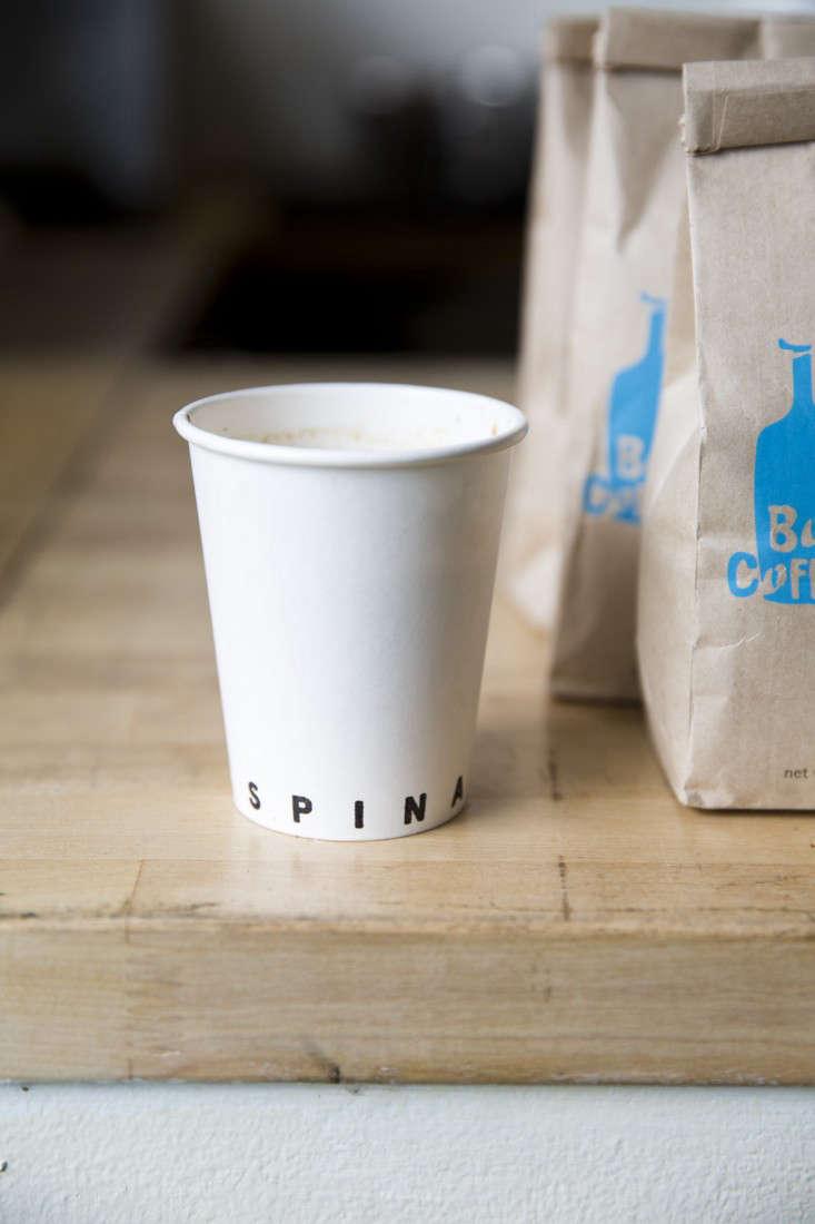 paper_cup_spina_cafe_nicole_franzen_gardenista