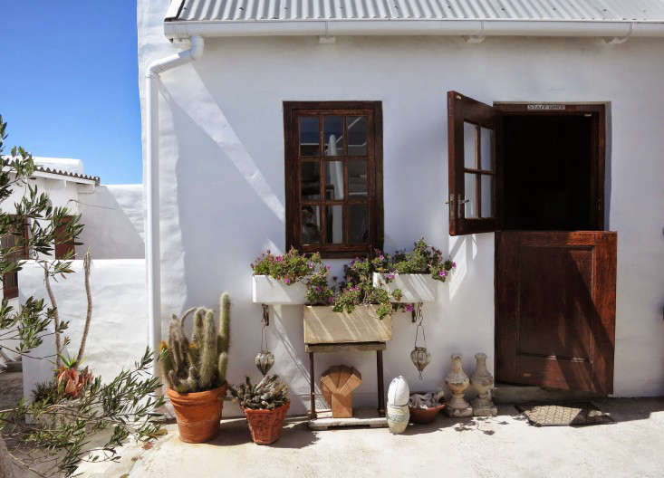 paternoster-courtyard-facade-marie-viljoen-gardenista