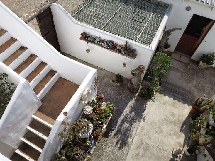 paternoster-courtyard-marie-viljoen-gardenista
