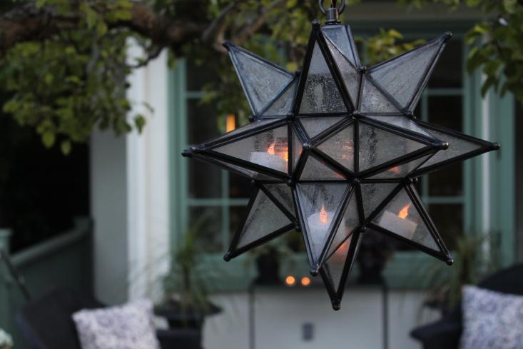 contest enter to win a moravian star pendant to light up outdoor parties - Star Pendant Light