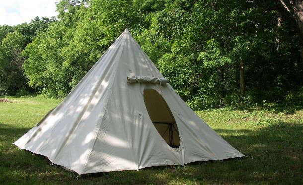 pyramid-tent-tentsmiths-gardenista