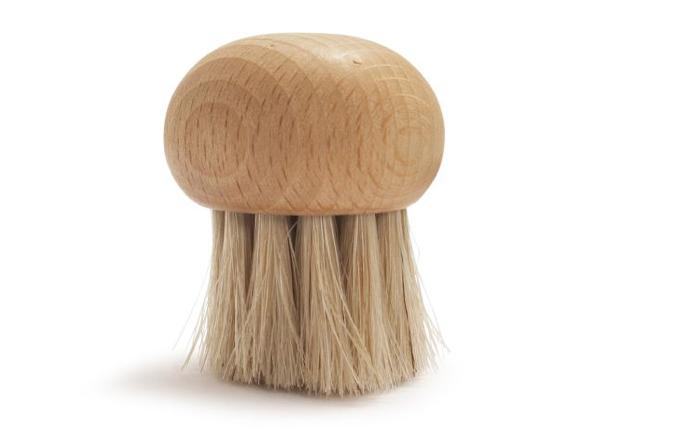 B 252 Rstenhaus Redecker Mushroom Brush Gardenista