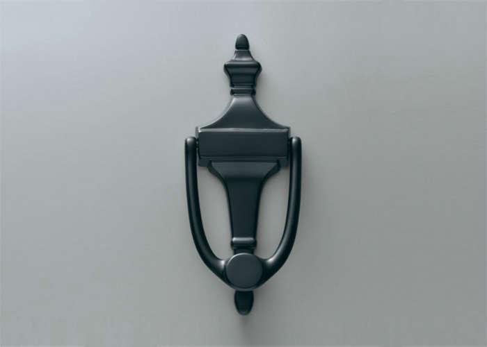 restoration-hardware-small-plate-door-knocker-gardneista