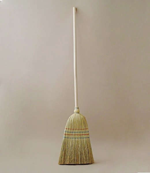 rice-straw-broom-objects-of-use