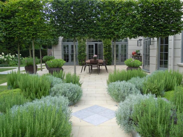 Landscape Architect Visit A Refined Kitchen Garden By Richard Miers Gardenista
