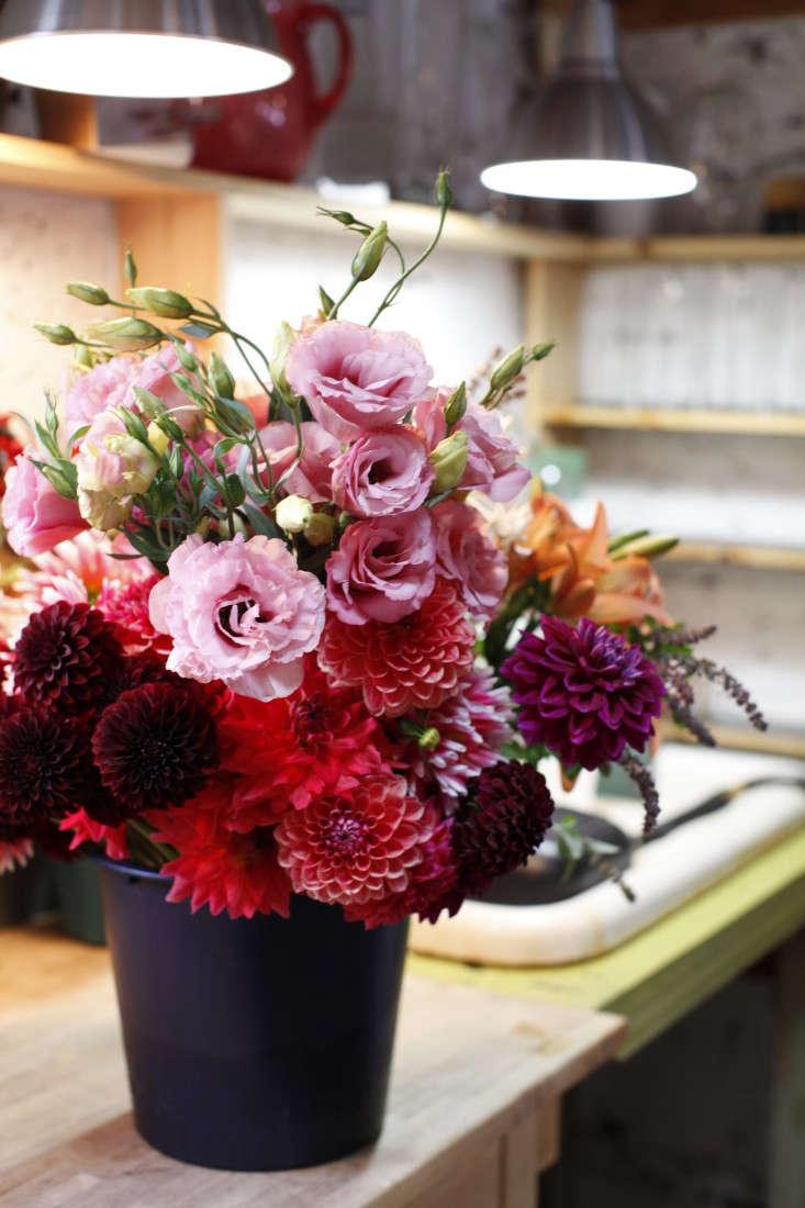 robin-hollow-farm-bucket-flowers-christine-chitnis-gardenista