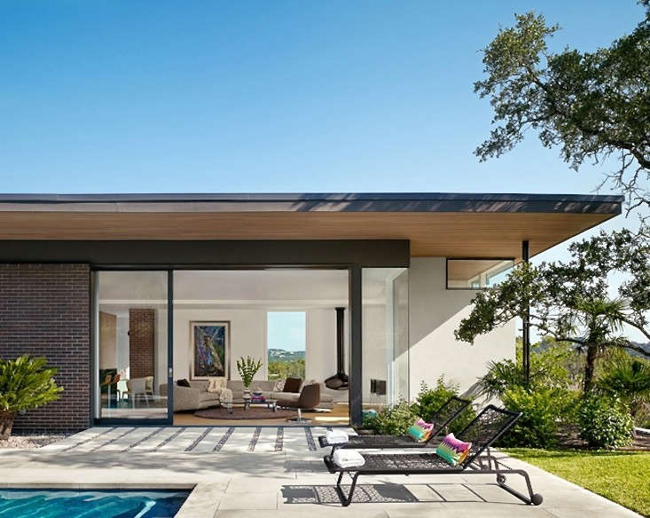 The Sheltering Sky: 10 Ideas to Enhance Your House with a ... on Backyard Overhang Ideas id=71248