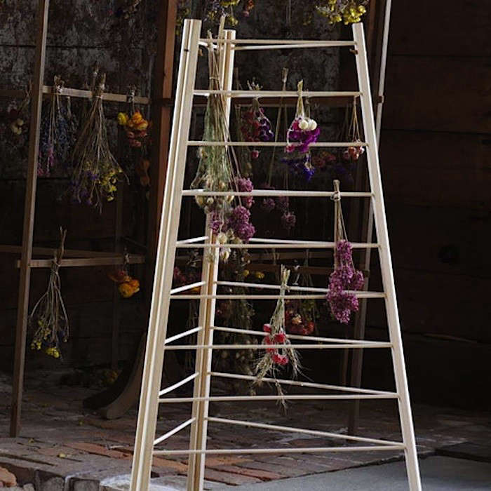 shaker-herb-drying-rack-Gardenista